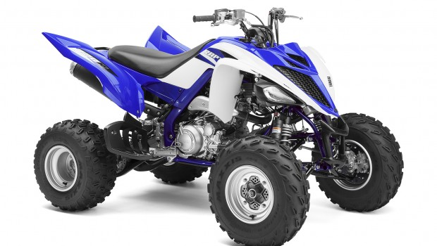 2015_yamaha_raptor_700r_studio_right_front