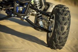 2015_yamaha_raptor_700r_first_test_new_front_tires