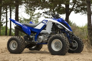 2015_yamaha_raptor_700r_first_test_right_still