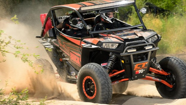 buck_racing_rzr_xp_1000_project_teixeira_xgc_a-arms_action_front_turn_1