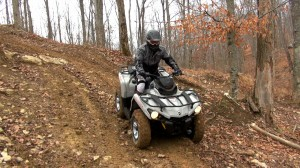 2015_can-am_outlander_l_500_test_downhill_turn_1