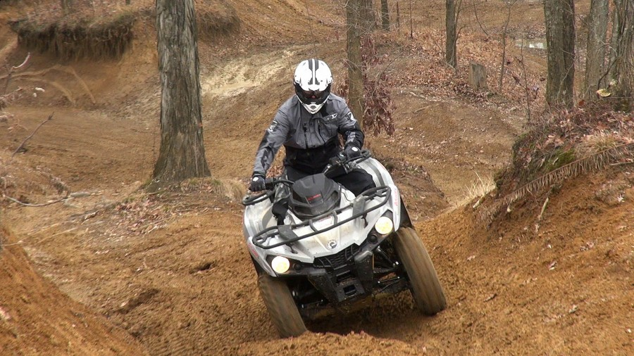 2015_can-am_outlander_l_500_test_uphill_ruts_1