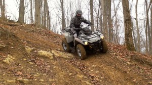 2015_4x4_value_shootout_can-am_downhill_turn_1