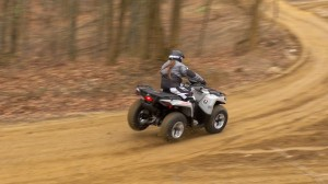2015_4x4_value_shootout_can-am_high_speed_turn_2