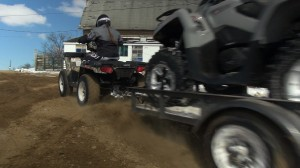 2015_4x4_value_shootout_polaris_towing_can-am_4