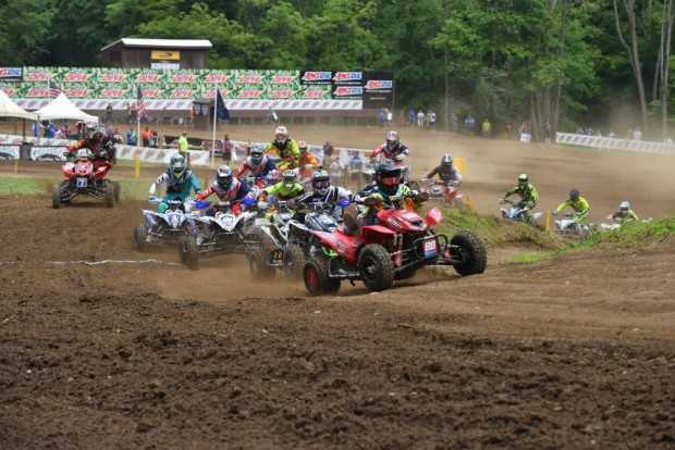 atv_nationals_round_5_2015-race_report_moto_1_holeshot