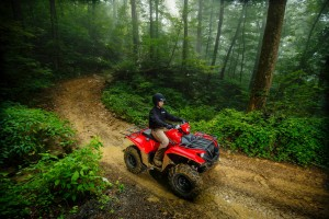 2016_yamaha_kodiak_700_first_test000