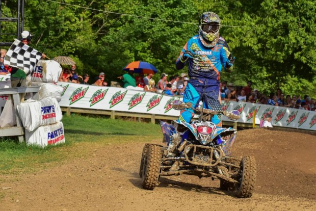 atv_motocross_nationals_round_10_2015_wienen_chekered_flag