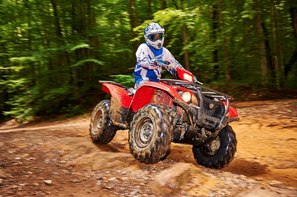 2016_yamaha_kodiak_best_new_atvs_of_2016