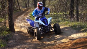 2016_raptor_700r_test_action_018